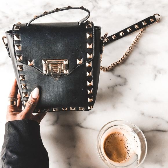 Karis' Kloset Handbags - NEW Black Rockstud Square Bag